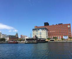 海とホテルの写真