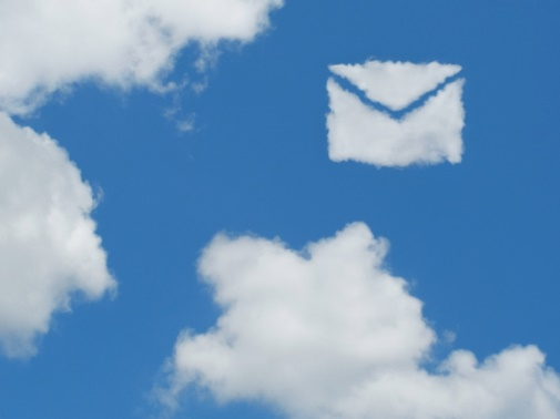 メールマークの雲