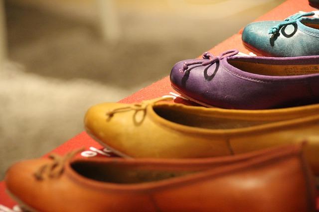 カラフルな靴の写真