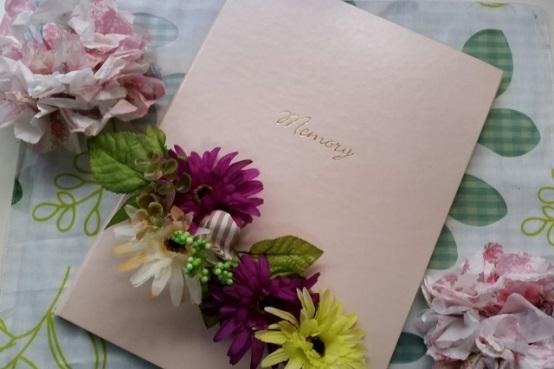 お花とアルバヌの写真