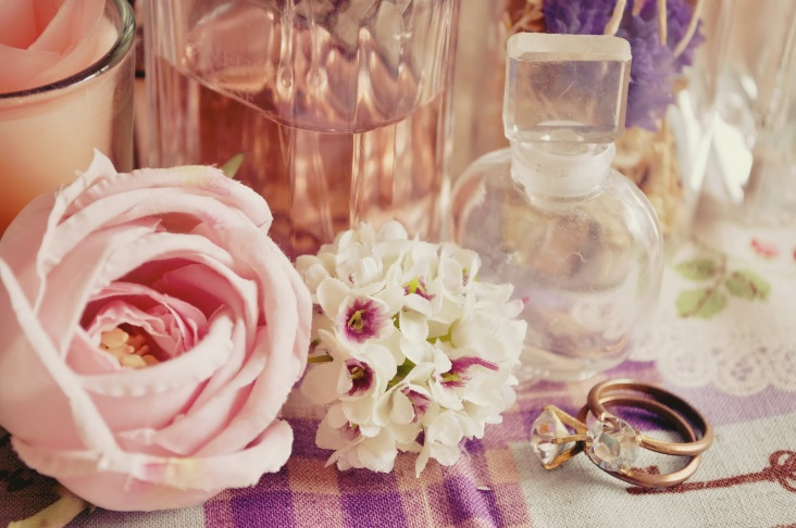 お花と香水