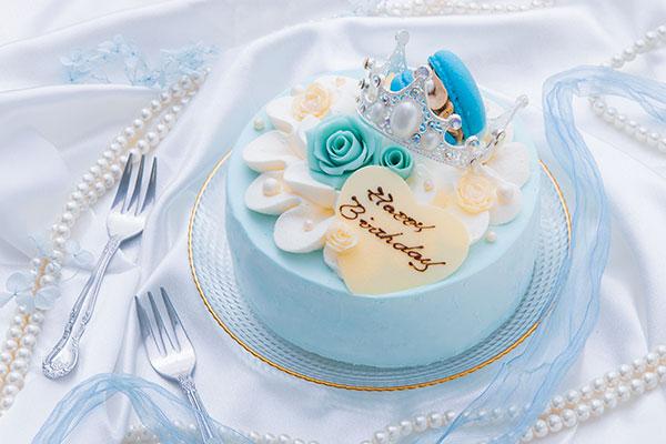 ブルーローズケーキ